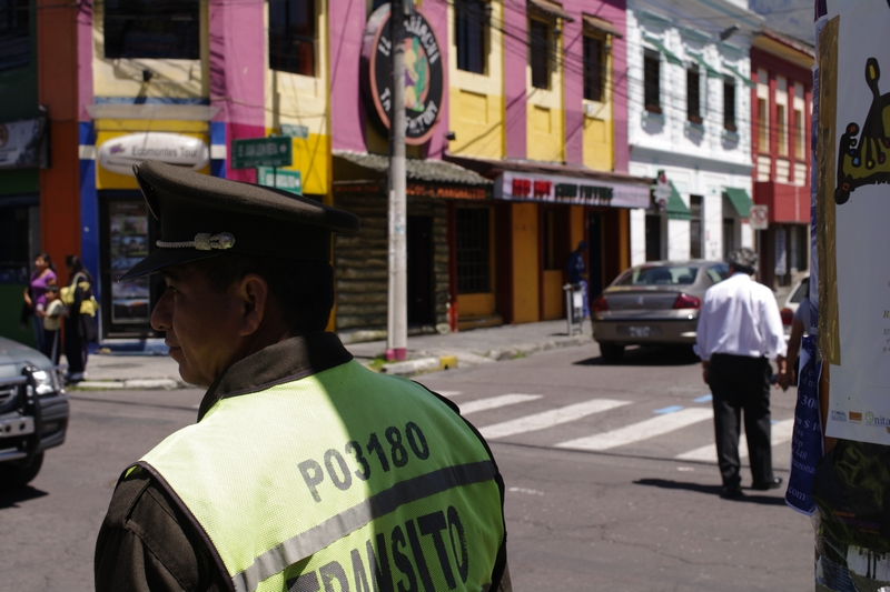 Quito street scene_1